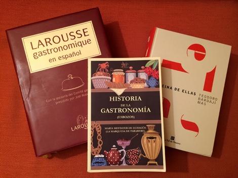 """Historia de la gastronomía / La cocina de """"Ellas"""" / Larousse gastronomique"""