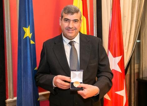 Foto | Vicente Méndez, medalla de oro al prestigio profesional 2017